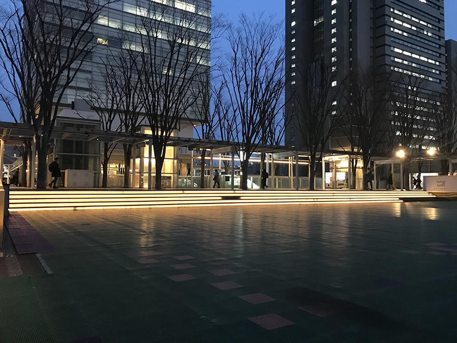 けやき広場照明改修工事